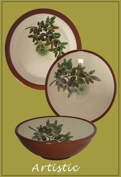 A Mediterranean flair for your tablesetting with handmade crockery hand-painted with olives.