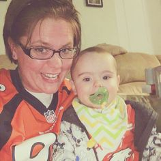 One of our adorable #billygoatbaby friends wearing our bib bandana representing the Broncos!  #babyshowergifts  #babystyle #babystyleguide