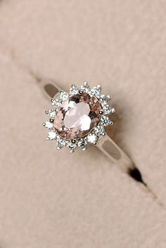 nice Bague de Fiançailles - Tendance 2017/2018  : 15 Budget-Friendly Engagement Rings Under $1,000 ❤ We gathered collection of c...