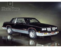 1983 Oldsmoble Cutlass Supreme Calais Hurst/Oldsmobile 15th Anniversary Coupe