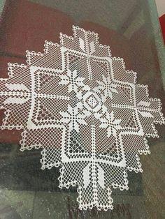 Lace Doilies, Crochet Doilies, Crochet Stitches, Crochet Table Runner Pattern, Crochet Placemats, Doily Patterns, Knitting Patterns, Crochet Patterns, Crochet Art