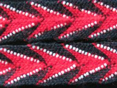 Braiding with beads. Off The Rez Arts