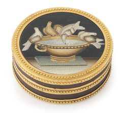 A Louis XVI gold, laquer and micromosaic circular box, Paris, 1780 | sotheby's n09491lot8vzycen