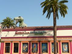Ripley's Odditorium Belive it or not - 6780 Hollywood Blvd. #HollywoodBoulevard #Hollywood #Museum #Ripleys #Believeitornot #Wednesdaywisdom #Thingstovisit #Thingstodo #DHmagazine