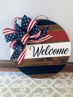 4th July Crafts, Fourth Of July Decor, 4th Of July Decorations, Patriotic Crafts, July 4th, Wooden Door Signs, Front Door Signs, Diy Wood Signs, Wooden Door Hangers