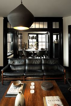 black & wood | via Handsome Sexy Man Rooms ~ Cityhaüs Design
