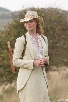 Jane Porter Clayton, Lady Greystoke - Margot Robbie in The Legend of Tarzan, set in the 1880s (2016).