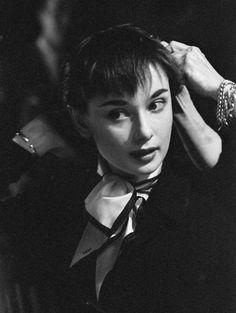 "Another cool link is lgmsport.com  bleublanc: "" Audrey Hepburn """