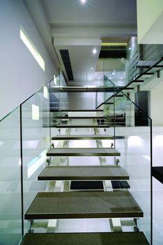Paradox House / The XSS #architecture #building #putdownyourphone