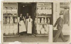 E.L. Lakin or B.J. Dunn grocery store. (Lithgow & District Family History Society Inc.)