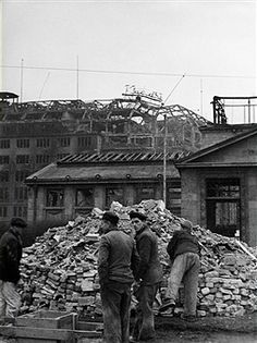 People stand next to a heap of rubbish in front of the damaged underground station Wittenbergplatz, in the background the ruins of the former department store KaDeWe Photo: Arthur Grimm Get premium, high resolution news photos at Getty Images Potsdamer Platz, Workers Party, The Second City, Last Stand, The Third Reich, Historical Fiction, World War I, Destruction, Wwii