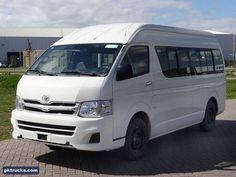 2 units Toyota HiAce GL 4x2 minibus-new  Price: € 29.000,-  More information: http://www.pktrucks.com/stock/view/div2596