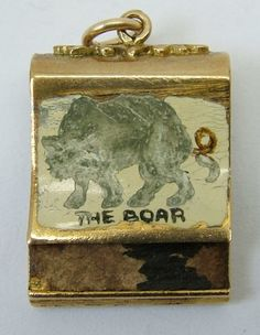 1960's 9ct Gold Enamel Painted Opening Match Book Charm