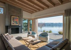 Modern Mercer Island home offers serene lakeside views