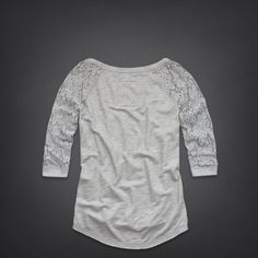 Bettys Newport Sweatshirt | Bettys New Arrivals | eu.HollisterCo.com