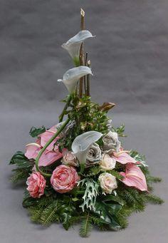 ~ Arrangement More- Gesteck Mehr Arrangement More - Grave Flowers, Church Flowers, Funeral Flowers, Funeral Flower Arrangements, Flower Arrangements Simple, Deco Floral, Arte Floral, Grave Decorations, Flower Decorations