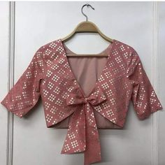 Saree Jacket Designs, Blouse Designs High Neck, Simple Blouse Designs, Stylish Blouse Design, Designer Blouse Patterns, Fancy Blouse Designs, Stylish Dress Designs, Blouse Designs Catalogue, Beautiful