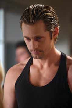 Viking vampire Eric Northman / Alexander Skarsgård in True Blood Slytherin, Eric Northman True Blood, Hbo Original Series, Hot Vampires, Eric Bana, Raining Men, Gemini, The Villain, Models