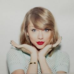 Follower shout out to B  follow them there an awesome Swiftie her account is super awesome and there one of the best followers