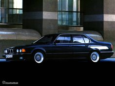 BMW 7 series II (E32) 730i 3.0 AT specifications and technical data | CarSpecsGuru.com