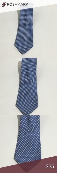 "Men's Calvin Klein Blue Plaid Silk Tie Men's Calvin Klein blue plaid 100% silk tie L 62"" W 3.5"" Excellent condition no flaws Calvin Klein Accessories Ties"