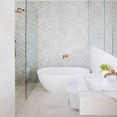 cocorepublicThe latest project by Coco Republic Interior Design, this home in Double Bay features warm greys and gold accents throughout its colour palette. Dream Home Design, House Design, Bathroom Inspiration, Bathroom Ideas, Grey And Gold, Warm Grey, Bathroom Interior Design, Clawfoot Bathtub, Master Bathroom