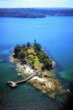(Shark Island, Sydney, Australia | Express Photos) .. my own private island, *sighs*- I'm sooo there =}.
