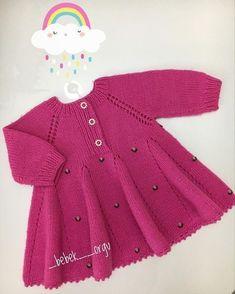 Dress Patterns For Little Girls Winter Girls Knitted Dress, Knit Baby Dress, Knitted Baby Clothes, Crochet Clothes, Baby Sweater Patterns, Baby Knitting Patterns, Dress Patterns, Baby Vest, Baby Cardigan
