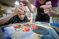 """Art therapy a 'gift of accomplishment' for York retirees. """"Kim Martin visits the home weekly to lead art therapy classes that focus on memory and behavior improvements...Her goal during each lesson is to ensure the person has fun, but that they also experience a lasting change in the brain."""""""