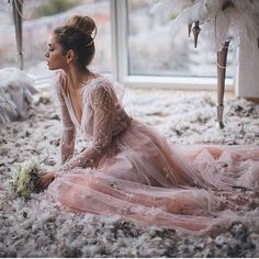 NEW STUNNING INSPIRATION - So lovely! More @STYLESTUDIO Picture Ratundalova #howtochic #ootd #outfit