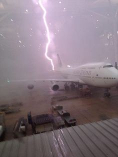 crazy lightning strike