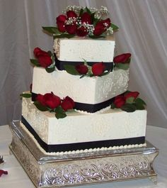 White Cake Buttercream Icing - Bridal Shower Cake, Wedding Cake ...