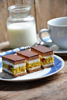 Fun Deserts, Amazing Deserts, Croatian Cuisine, Kolaci I Torte, Torte Cake, Toblerone, Croatian Recipes, Dessert Recipes, Desserts