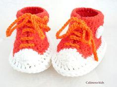 Babys brauchen zum Wohlfühlen warme Füßchen. Dazu sind diese Schühchen bestens geeignet.   Gehäkelte Baby-Schühchen aus Baumwolle - sportlich vom e...