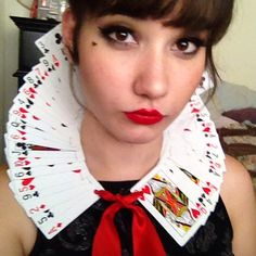 Queen of Hearts DIY card Collar
