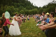 21 Awesome Wedding Games That Will Keep The Party Going - Hochzeit bachelorette kram - Fun Wedding Games, Wedding Reception Games, Wedding After Party, Wedding Tags, Wedding Humor, Wedding Parties, Fun Wedding Activities, Outdoor Wedding Games, Engagement Parties