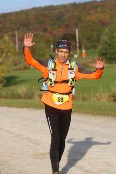Voilà, ma saison officielle de course 2015 est terminée. Une saison riche en couleurs, au cours de laquelle je me suis initié à la course en trail et à la longue distance. Une planification qui aff...