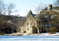 Side view of the Tudor wing of the Bennett School, Millbrook, NY
