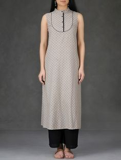 Buy Beige Black Mandarin Collar Cotton Chambray Dobby Kurta Women Kurtas Online at Jaypore.com