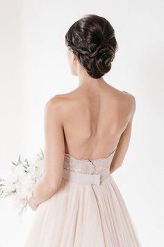 3-elegant-romantic-wedding-hairstyles