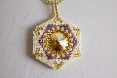 Anna Mosztok bead jewelry: Hatszög swarovskis medálok fülbevalókkal / Hexagon pendants with swarovski crystals and matching earrings