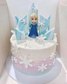 Frozen Birthday Outfit, Elsa Birthday Party, Fourth Birthday, 4th Birthday Parties, Princess Birthday, Frozen Theme, Frozen Cake, Frozen Party, Elsa Frozen