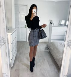 Discover great fashion trends 2019 - All About Winter Mode Outfits, Winter Fashion Outfits, Fall Outfits, Autumn Fashion, Dressy Winter Outfits, Winter Professional Outfits, Professional Attire, Fashion Dresses, Sophisticated Outfits