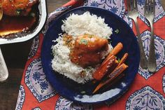 The most delicious Apricot Chicken, Glazed Chicken, Chicken Ideas, Chicken Thigh Recipes, Whole Food Recipes, Cooking Recipes, Healthy Recipes, Winner Winner Chicken Dinner, Gluten Free Dinner