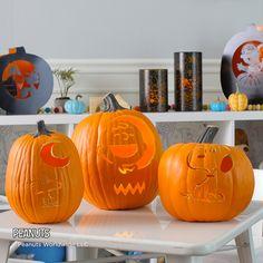 Peanuts Pumpkin Carving