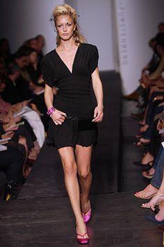 Diane von Furstenberg | Spring 2003 Ready-to-Wear Collection