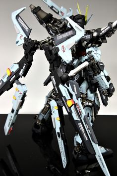 GUNDAM GUY: PG 1/60 GAT-X105E Strike Noir Gundam - Custom Build [Updated 3/15/13]