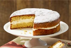 A middle layer of sugared cream separates a fluffy spiced honey sponge - everyone will be asking for the recipe Oven Recipes, Sweets Recipes, No Bake Desserts, Cooking Recipes, Cooking Tips, Sponge Cake Recipes, Sweet Pie, Just Cakes, Round Cake Pans