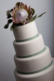 Wedding cake with protea. Yellow Wedding, Summer Wedding, Our Wedding, Wedding Stuff, Cake Design Inspiration, Wedding Inspiration, Wedding Ideas, Wedding Cake Designs, Wedding Cakes