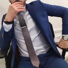 Men's Blue Suit #mensfashion #suit #menswear cc: gentlemensavenue